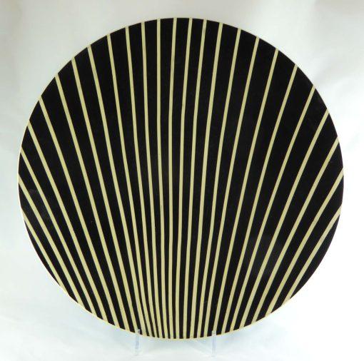 David Gee, Black & White Scallop Shell bowl 1