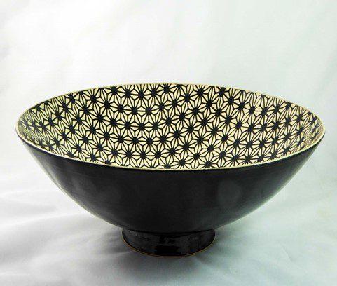 David Gee, Geometric flower black on white deep bowl 438 1